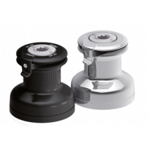 Antal self-tailing winches, 1 direct speed + 1 reduced speed